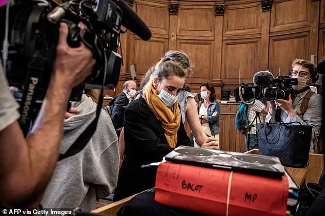Sát nhân đặc biệt được hơn 600.000 người ký tên xin miễn tội với câu chuyện bi kịch kinh hoàng ròng rã 24 năm làm cả nước Pháp dậy sóng - ảnh 3