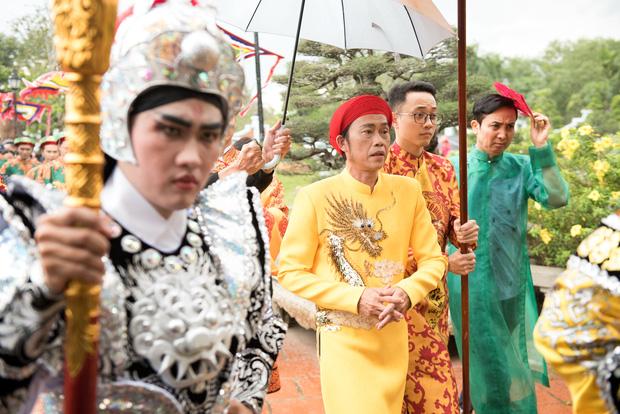 Giữa ồn ào, netizen rần rần vì màn đáp trả của NS Hoài Linh khi bị netizen nhắc nhẹ ăn chặn Nhà thờ Tổ - ảnh 3