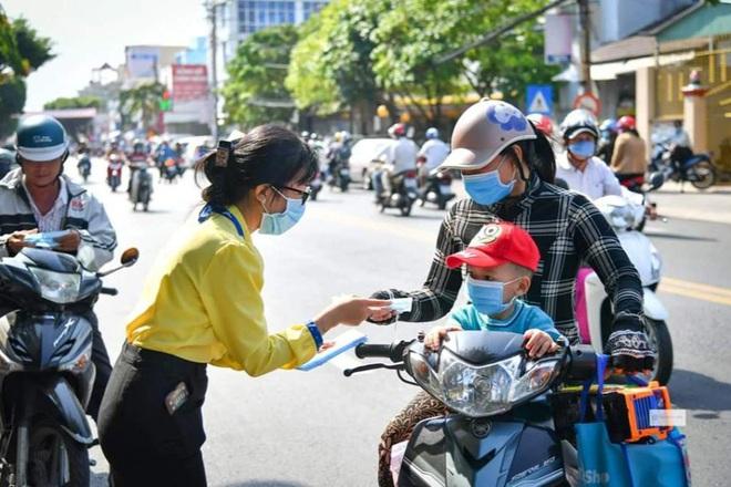 Diễn biến dịch ngày 23/6: Thêm 55 ca mắc mới; Người bán kiốt tạp hóa bên hông Bệnh viện Từ Dũ dương tính - Ảnh 1.