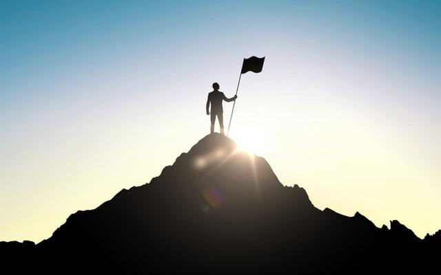2 bài học kinh điển từ người bố doanh nhân đã thay đổi cuộc đời tôi: Thành công cao độ đòi hỏi sự hy sinh tột độ! - ảnh 1