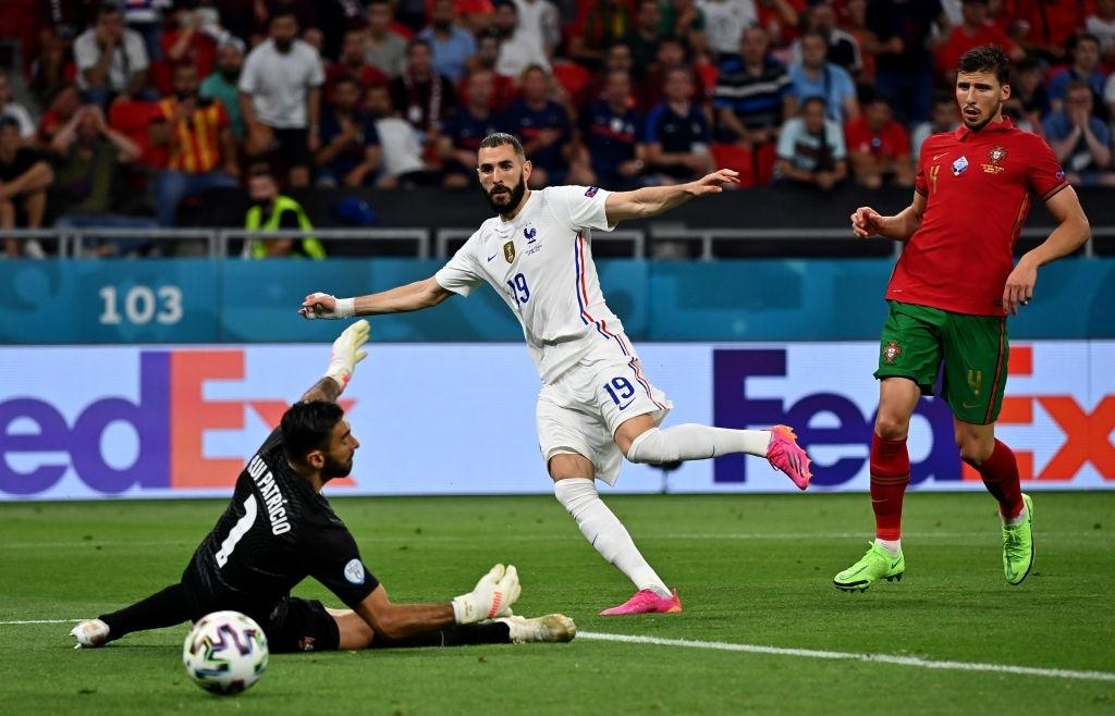 Ronaldo lập cú đúp, Bồ Đào Nha vượt qua những phút giây sợ hãi trước Pháp để tiến vào vòng knock-out - Ảnh 6.