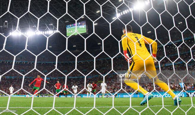 Cuộc đua Vua phá lưới Euro 2020: Lão tướng Ronaldo độc chiếm ngôi đầu nhờ tuyệt chiêu penalty - ảnh 1