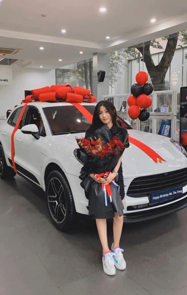 Trang Lou chốt Porsche trên dưới 4 tỷ mừng sinh nhật, bổ sung vào BST xe sang ai nhìn cũng thèm - ảnh 2