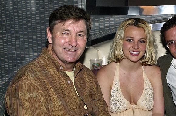 Chân dung bố ruột Britney: Ông James Spears - người đang bị lên án trong scandal 13 năm nô lệ của Công chúa nhạc Pop - ảnh 2