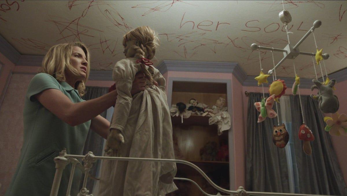 Từ búp bê Annabelle, quỷ Valak đến sát nhân tâm thần, đâu mới là phần phim hay nhất trong vũ trụ The Conjuring? - Ảnh 6.