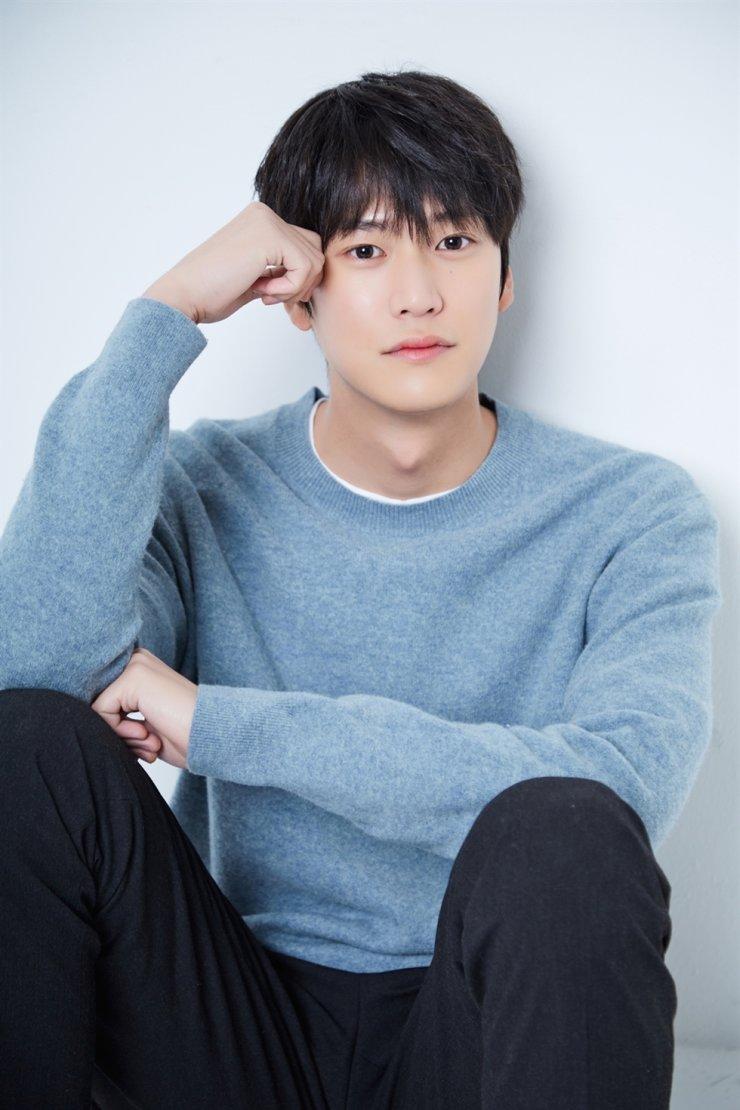 5 tân binh nam thần hạng xịn ở màn ảnh Hàn: Đủ cả sắc lẫn tài như Lee Do Hyun thì ai mà không u mê - Ảnh 10.