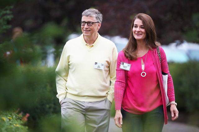 Báo Mỹ tiết lộ sốc về Bill Gates: Đi làm bằng Mercedes nhưng 1 giờ sau lại lái Porsche chở nữ nhân viên đi họp bên ngoài công ty - ảnh 2