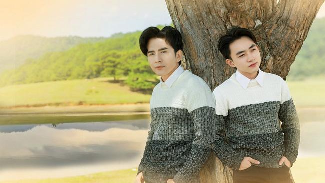 Đan Trường và Trung Quang thường xuyên mặc đồ đôi, trò cưng khẳng định nam ca sĩ là người thầy quan trọng nhất - Ảnh 1.