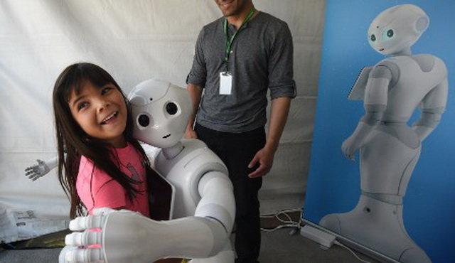 Robot siêu trí tuệ Pepper bị sa thải ở nhiều quốc gia, điều gì khiến các nhà sản xuất phải cúi đầu xin lỗi: Chúng tôi cũng bất lực rồi! - ảnh 6