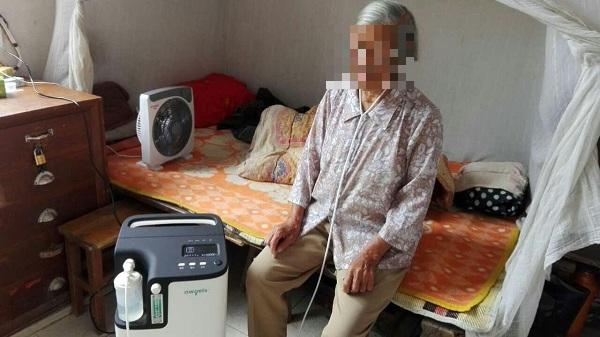 Người dân TP HCM đổ xô đi mua máy tạo oxy, bác sĩ thốt lên: Bị Covid-19 mà dám thở oxy tại nhà thì tôi... khâm phục! - ảnh 1