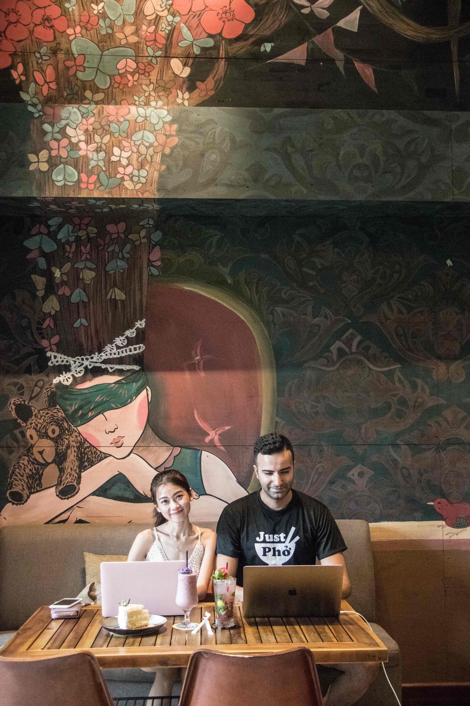 """Rời Sài Gòn sang Bali đoàn tụ với bồ Mỹ giữa mùa dịch, cô gái bị """"kẹt lại"""" 9 tháng nhưng bỏ túi được vô số trải nghiệm rất đáng! - Ảnh 1."""