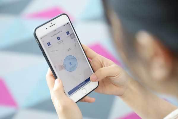 Công an, y tế phường giám sát người cách ly tại nhà bằng công nghệ nhận diện khuôn mặt - ảnh 1