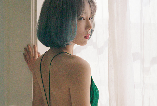 A series of Korean female idols when wearing open-back clothes: Everyone is burning, will the missing member of BLACKPINK cut off an old friend?  - Photo 17.