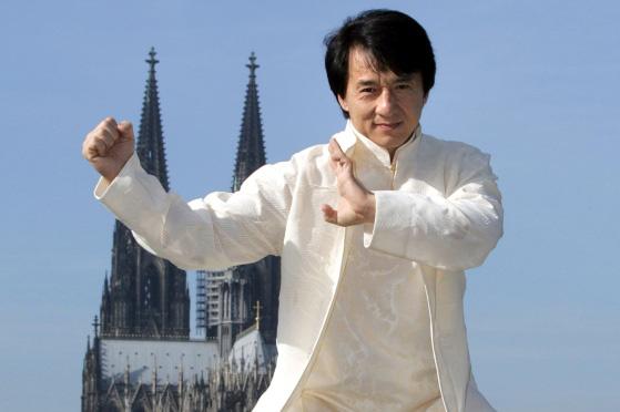 13 năm rồi nghe lại bài chủ đề Olympic Bắc Kinh 2008 vẫn sởn da gà, MV hàng hiếm quy tụ hơn 100 ngôi sao đỉnh của chóp - Ảnh 16.