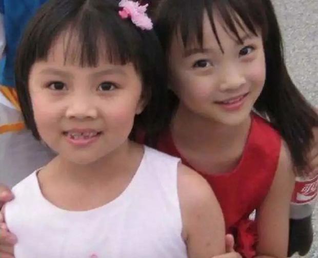 Sao nhí hát nhép tại Olympic Bắc Kinh 2008: Từ niềm tự hào trở thành tội đồ sau 1 đêm, dính loạt bê bối người lớn và bị 2 trường Đại học từ chối - ảnh 3