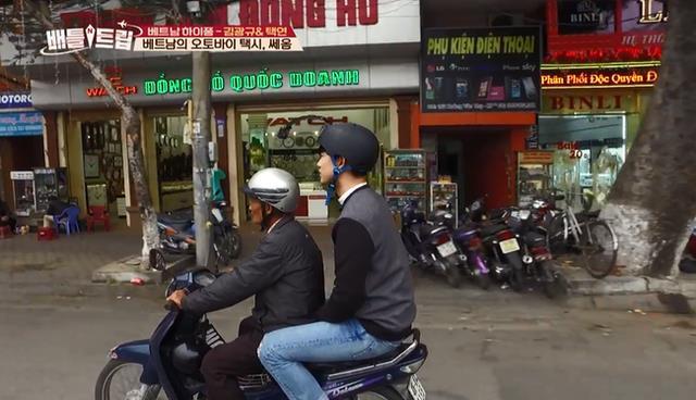 Phát hiện thêm một chàng rể Việt Nam: Mỹ nam 6 múi của 2PM nhiệt tình đội nón lá, uống bia Tạ Hiện - ảnh 3