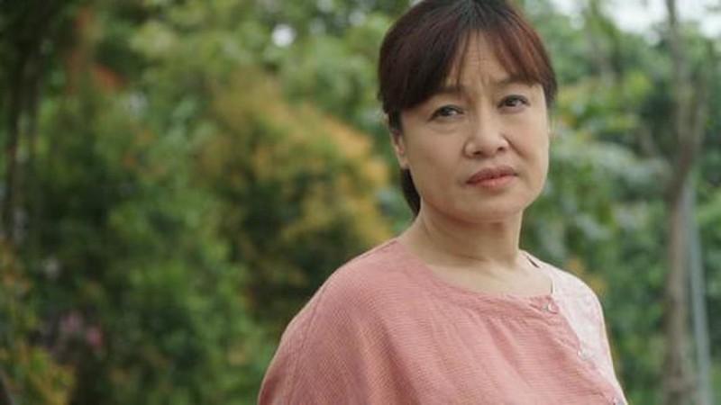 3 bà mẹ hot nhất Hương Vị Tình Thân chung khung hình: Nhìn cô Bích giúp việc trẻ trung, xì tin nào kém cặp Xuân - Sa? - Ảnh 5.