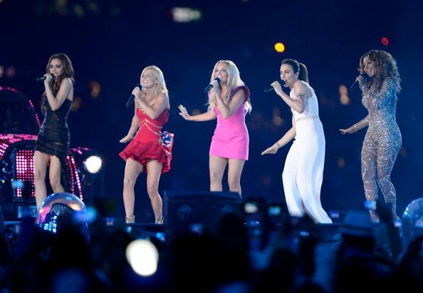 Màn tái hợp của Spice Girls tại Olympic 2012 gây nổ truyền thông là thế nhưng bà xã David Beckham từng không muốn diễn cùng hội chị em? - ảnh 1