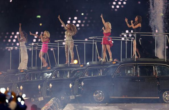 Màn tái hợp của Spice Girls tại Olympic 2012 gây nổ truyền thông là thế nhưng bà xã David Beckham từng không muốn diễn cùng hội chị em? - ảnh 6