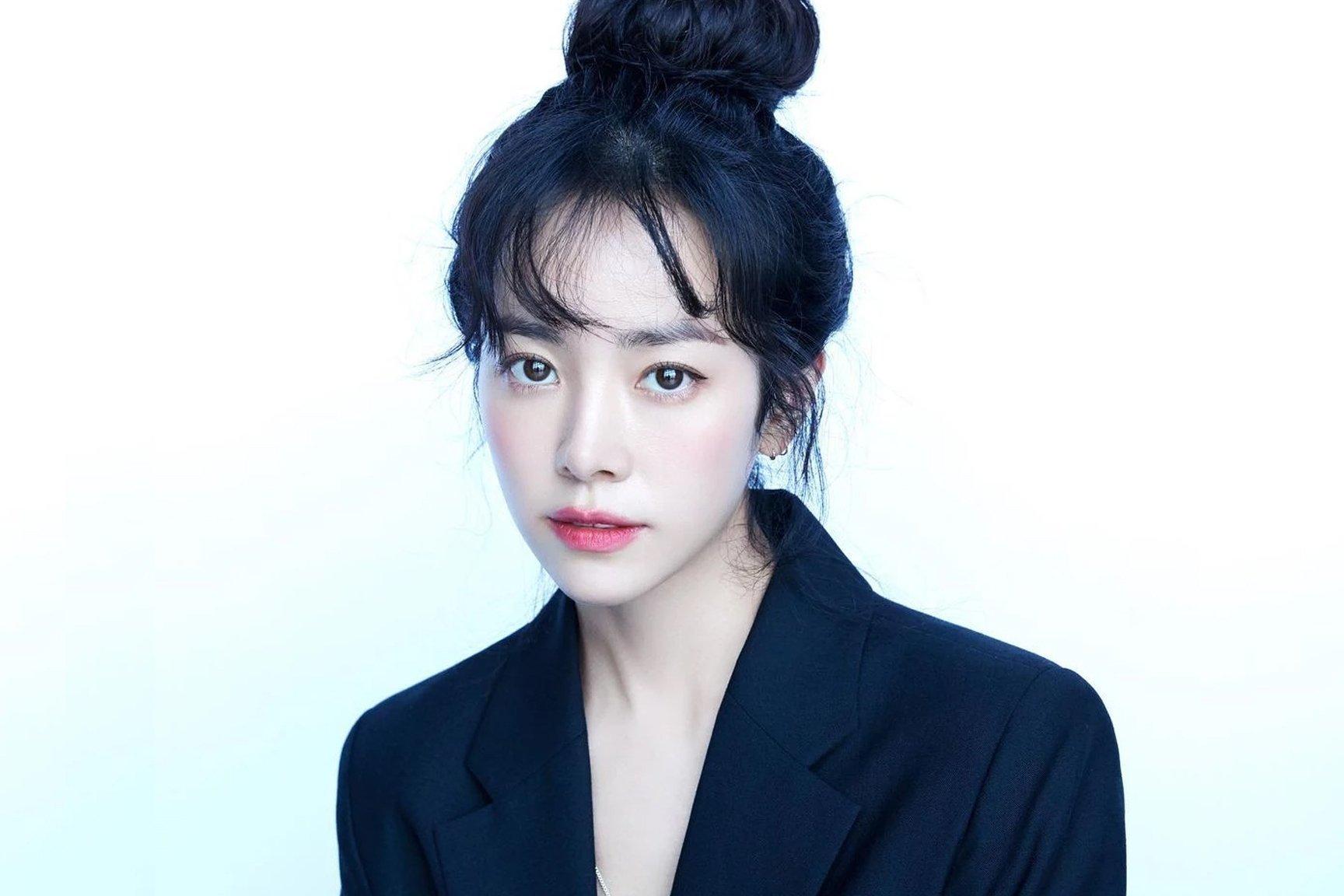 8 mỹ nhân hack tuổi thần sầu của phim Hàn: Son Ye Jin trẻ mãi không già, Jang Nara như ăn thịt Đường Tăng - Ảnh 21.