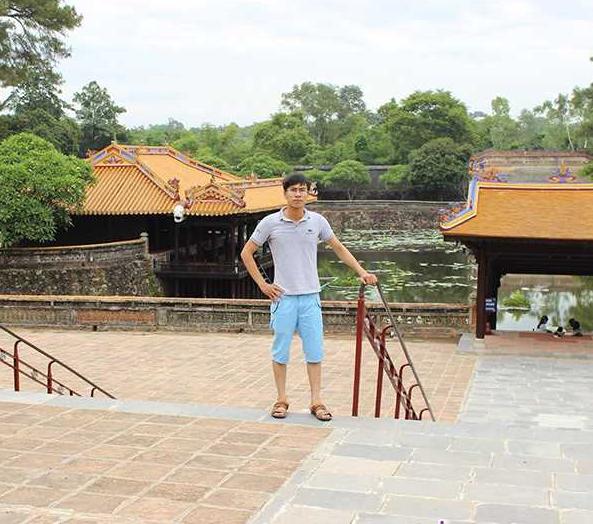 Nam sinh 9 năm trước khóc ngất ở sân bay Nội Bài vì gặp thần tượng: Bị chế ảnh khắp MXH, cuộc sống hiện tại thay đổi ngoạn mục - ảnh 3