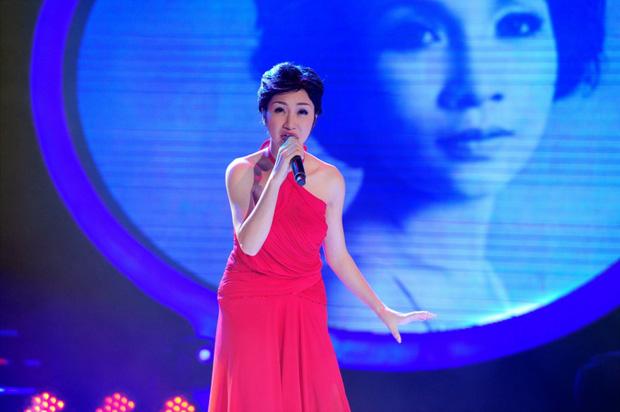 GK Hoài Linh từng bị chỉ trích vì Hòa Minzy bị loại khỏi Gương Mặt Thân Quen 5 năm về trước - ảnh 2