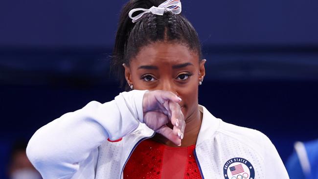 Biểu tượng thể thao Mỹ gây chấn động khi bỏ cuộc ở Olympic Tokyo 2020: Giọt nước mắt sau bao năm kìm nén từ quá khứ bị lạm dụng tình dục - ảnh 11