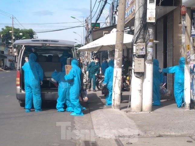 Từ 0h ngày 31/7, Nha Trang phong toả 11 xã, phường để tầm soát COVID-19 - ảnh 1