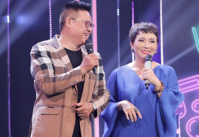 Nam ca sĩ đột ngột qua đời, bà xã Hương Giang xót xa tìm nơi mai táng vì dịch bệnh căng thẳng - ảnh 5