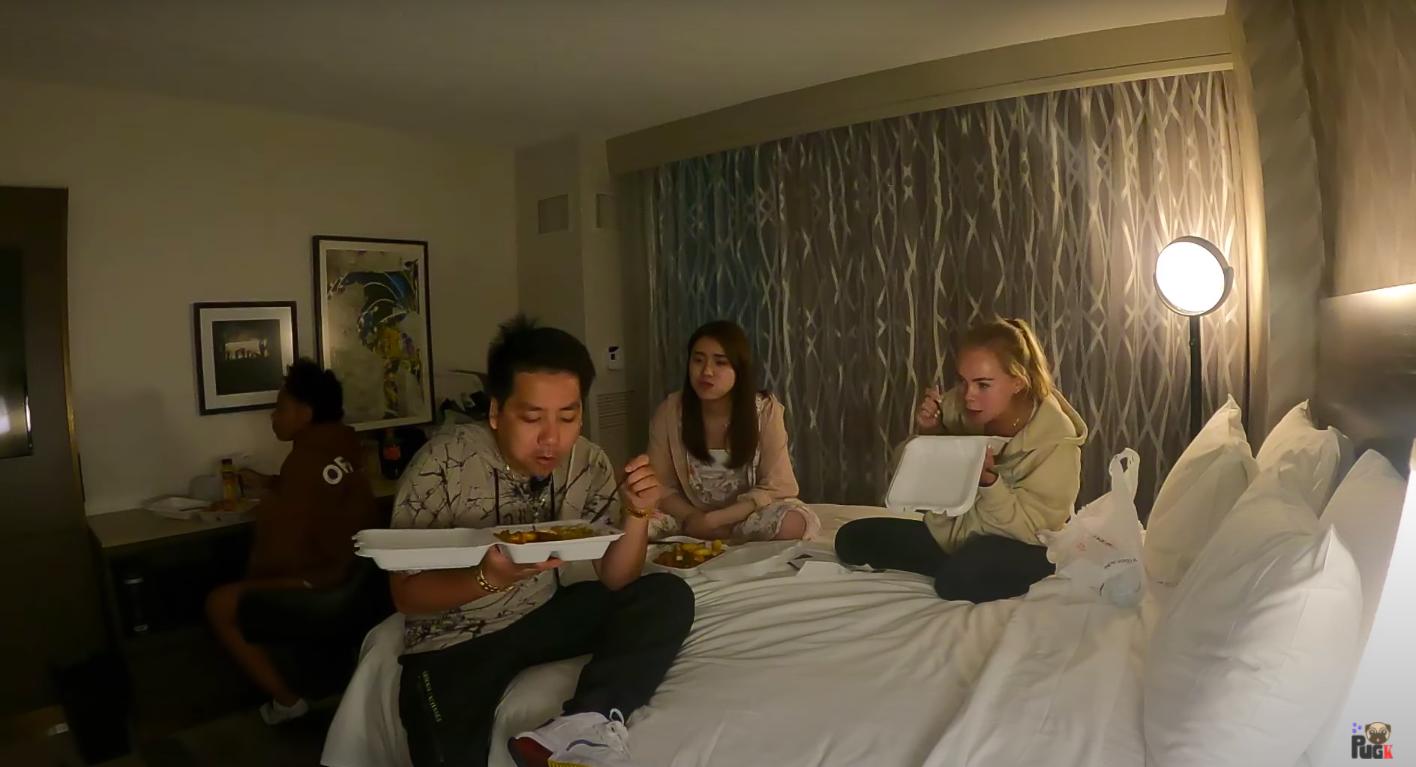 Khoa Pug có bạn gái người Nhật rất xinh tại Mỹ, còn vừa đi chơi xuyên đêm trong clip mới? - Ảnh 11.