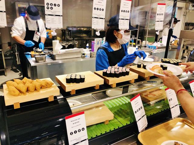 Hé lộ bữa ăn người Nhật đãi các VĐV Olympic: Ngày nào cũng 700 món, có cả phở bò Việt Nam - ảnh 12
