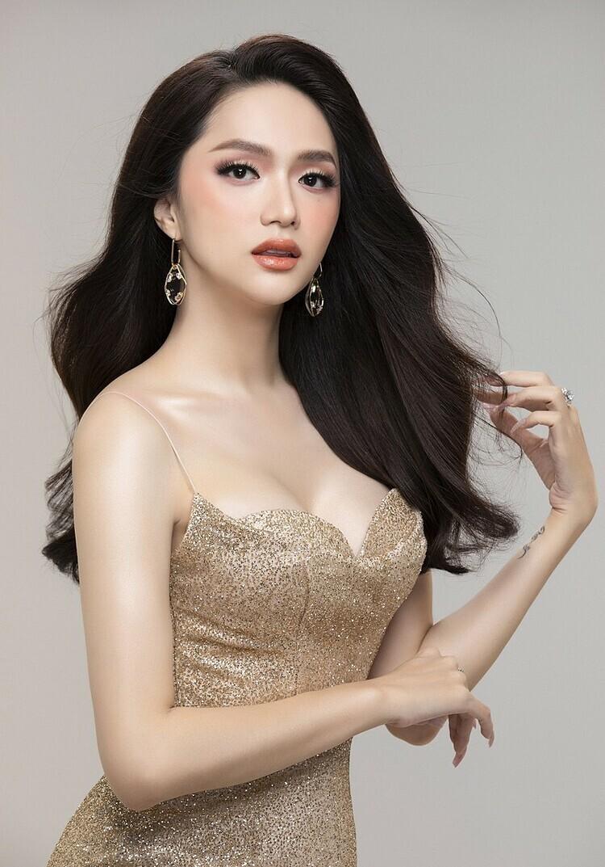 Nói là làm, Hương Giang chuyển nóng 900 triệu đồng mua đồng hồ Hublot của BTV Ngọc Trinh để quyên góp chống dịch - Ảnh 7.
