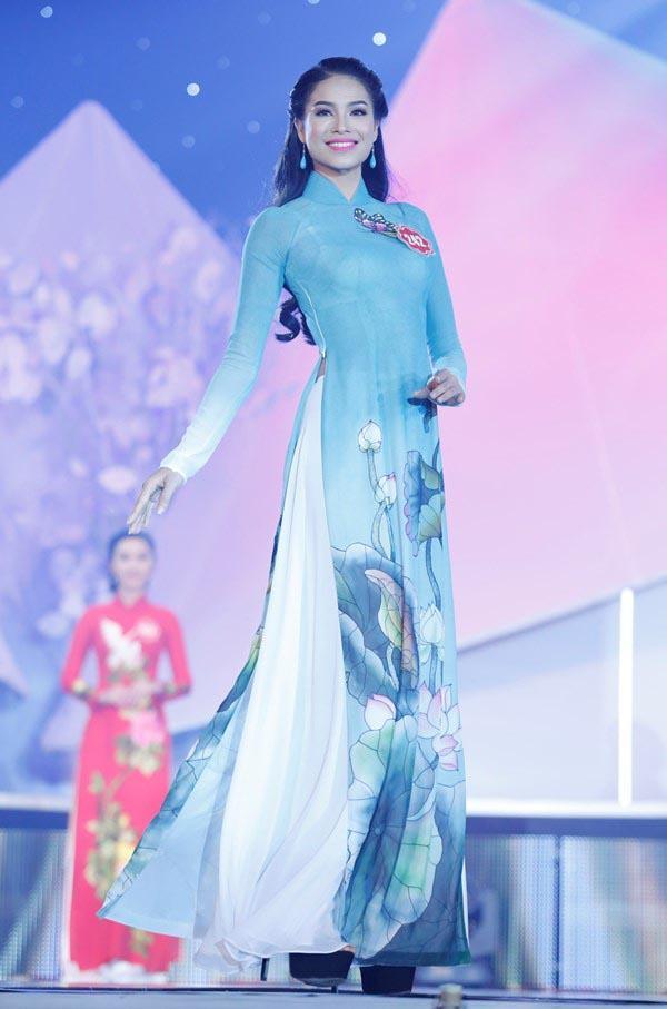 Bức ảnh đọ sắc tiên tri từ 7 năm trước: Phạm Hương - Khánh Vân bại trận trước Kỳ Duyên, ai dè cả 3 đều thành Hoa hậu - Ảnh 4.