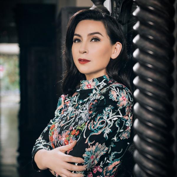 Ca sĩ Phi Nhung qua đời do Covid-19, hưởng dương 51 tuổi