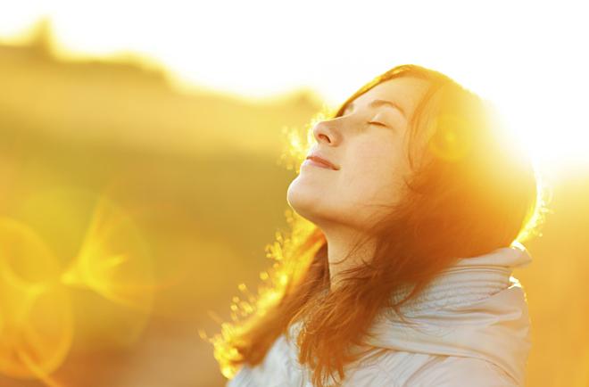 8 cách làm giảm đau nhức mắt đơn giản tại nhà - ảnh 3