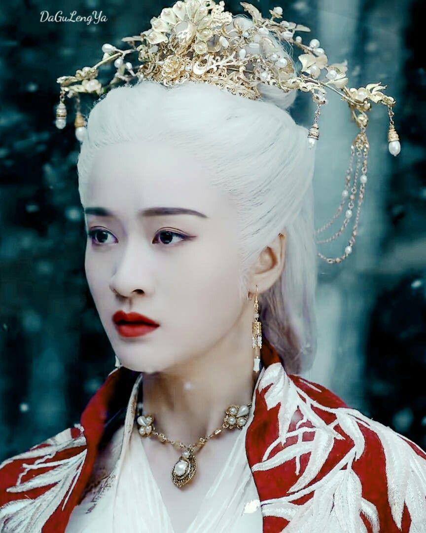 5 nàng công chúa bất hạnh nhất màn ảnh Hoa ngữ: Người mất một cánh tay, người chịu tủi nhục vì bị cưỡng bức - Ảnh 12.