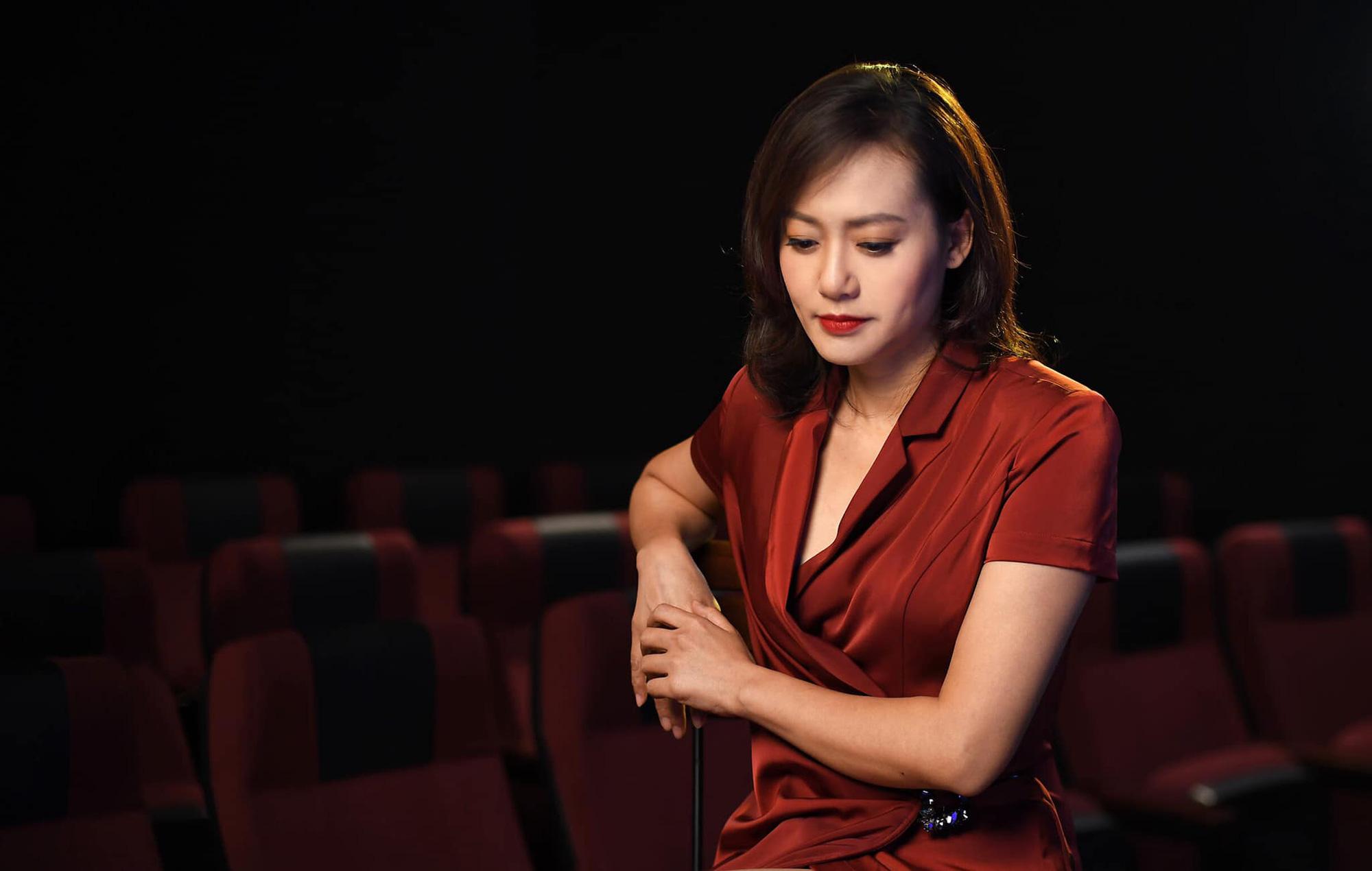 Hồng Ánh: Tôi học được những thay đổi tích cực, đó là tính giáo dục cao từ phim ảnh - Ảnh 2.