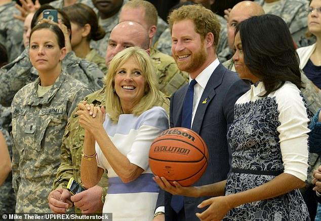 Trước thềm sinh nhật, Hoàng tử Harry bất ngờ gửi lời xin lỗi, được Đệ nhất phu nhân Mỹ khen ngợi - ảnh 3