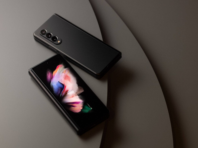 Có 47 triệu, chọn iPhone 13 Pro Max full option vừa ra mắt hay Galaxy Z Fold3 để chứng tỏ độ sang chảnh? - ảnh 5