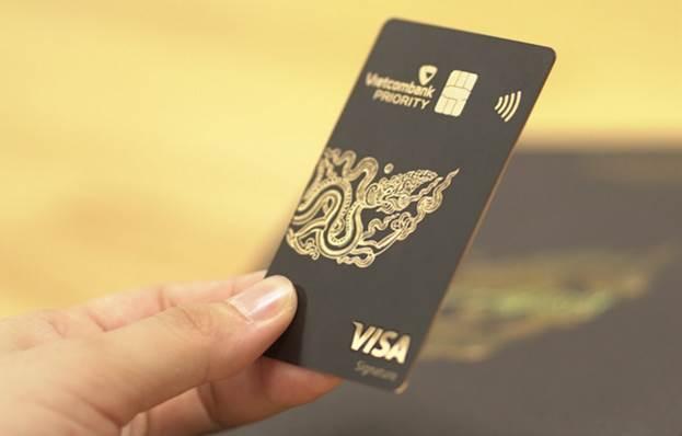 Điều kiện để trở thành VIP của Vietcombank như vợ chồng Thuỷ Tiên - Công Vinh: Có dư trong tài khoản trên 2 tỷ đi rồi tính! - ảnh 2