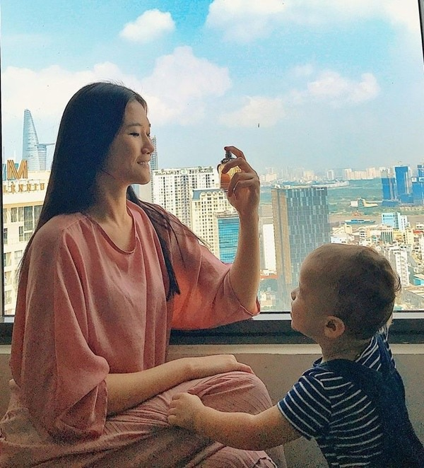 Cuộc sống như bà hoàng của Á quân Vietnam's Next Top Model tại Dubai: Ở nhà 23 tỷ, thuê giúp việc 17 triệu, đi du lịch đều đều - ảnh 5
