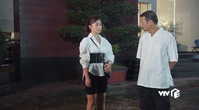 Hội diễn viên Hàn - Việt bị phục trang hại đời: Song Kang lộ hàng vì quần bó sát, cạn lời với Phương Oanh luôn - ảnh 2