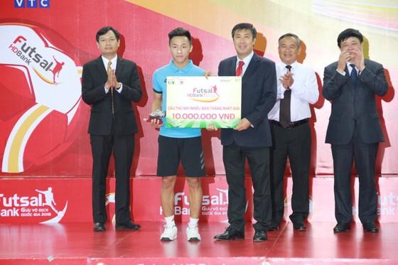 Cầu thủ sinh năm 1998 tung cú sút mang về 500 triệu cho tuyển futsal Việt Nam, và mở ra cơ hội tiến xa tại World Cup 2021 - ảnh 3
