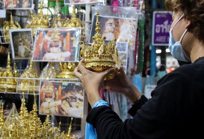 Thánh sold out Lisa (BLACKPINK) giúp 1 món ăn hot đột biến tại Thái Lan sau màn solo, doanh thu tăng gấp hẳn 100 lần - Ảnh 7.