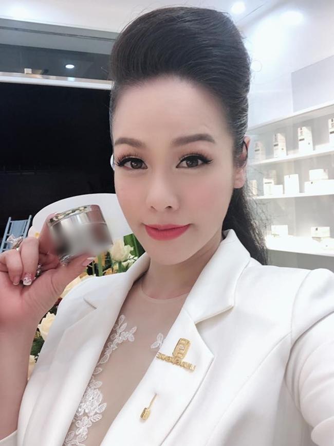 Đến lượt Nhật Kim Anh bị netizen chê bán sản phẩm kém chất lượng, nữ ca sĩ phản ứng ra sao? - Ảnh 4.