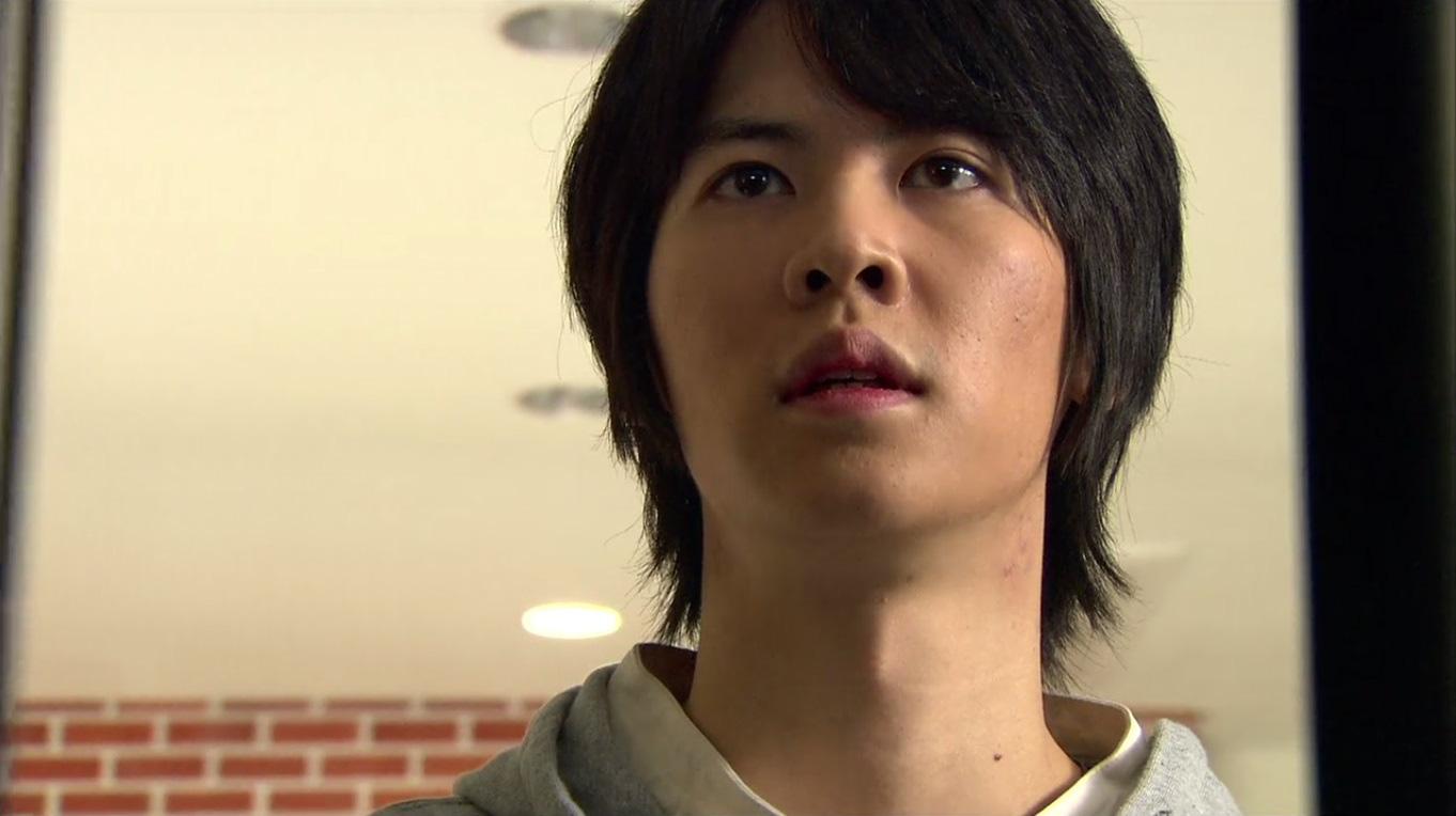Kim Soo Hyun từng trượt vai ở Vườn Sao Băng, đối thủ năm đó giờ ra sao mà ai cũng mừng cho cụ giáo? - Ảnh 2.