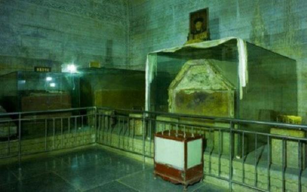 Lệnh Ý Hoàng quý phi và bí ẩn trăm năm bên dưới chiếc quan tài - ảnh 4