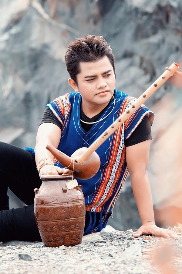 Tin buồn: Ca sĩ Y Jang Tuyn qua đời vì Covid-19, vợ và 2 con từng là F0 - Ảnh 3.