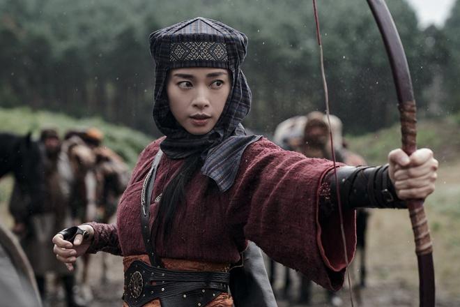 6 lần Hollywood bị hớp hồn bởi nhân vật Việt Nam: Loạt bom tấn của Ngô Thanh Vân chưa mãn nhãn, bùng nổ bằng cái tên cuối! - ảnh 1