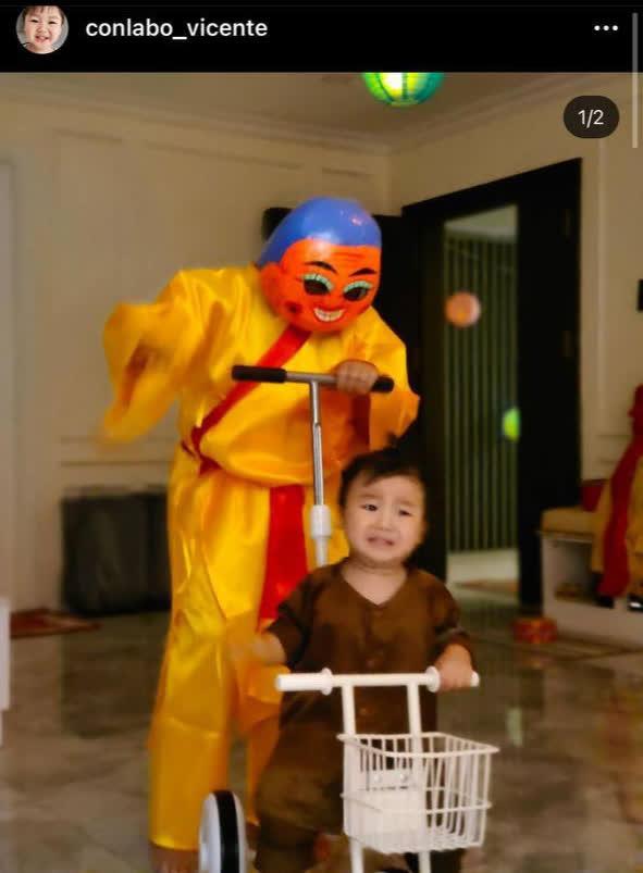 Con trai Hoà Minzy chiếm sóng MXH dịp Trung thu: Gặp chú Tễu tưởng vui ai ngờ... khóc thét! - ảnh 1